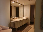 kahala-bathroom.JPG